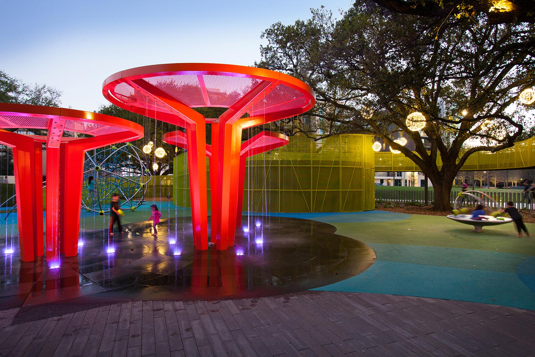 Kids playing at Levy Park in Upper Kirby by Landscape Architectural Photographer in Houston Texas