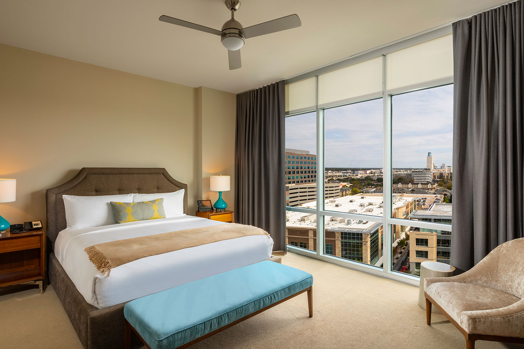 Hotel room in Hotel Sorella at CityCentre by Houston Architectural Photographer Shannon O